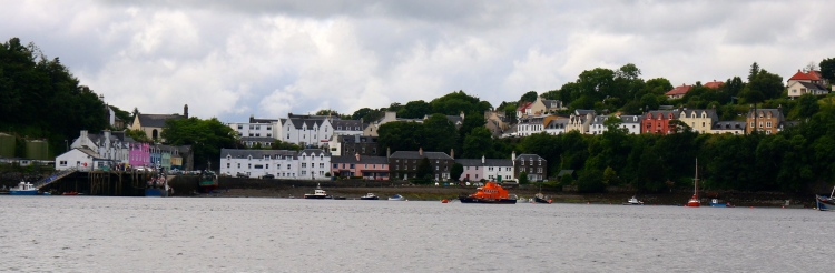 The famous coloured buildings on the Portree Harbour.