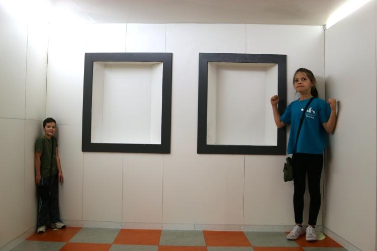 More illusion fun!